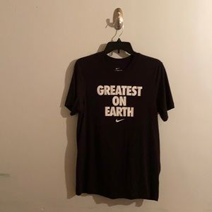 Nike Greatest On Earth Sportswear Graphic T-Shirt